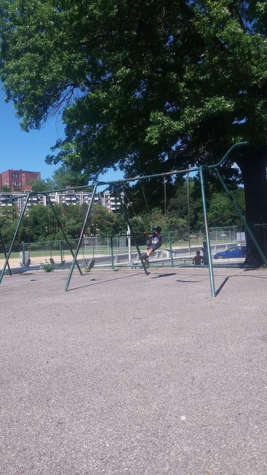 Glenn Park - park  | Photo 8 of 10 | Address: 287 Nepperhan Ave, Yonkers, NY 10701, USA