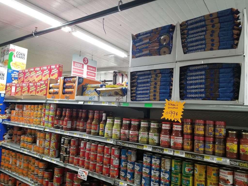 El Mercado De La 8 - store    Photo 5 of 10   Address: 100 8th St, Passaic, NJ 07055, USA