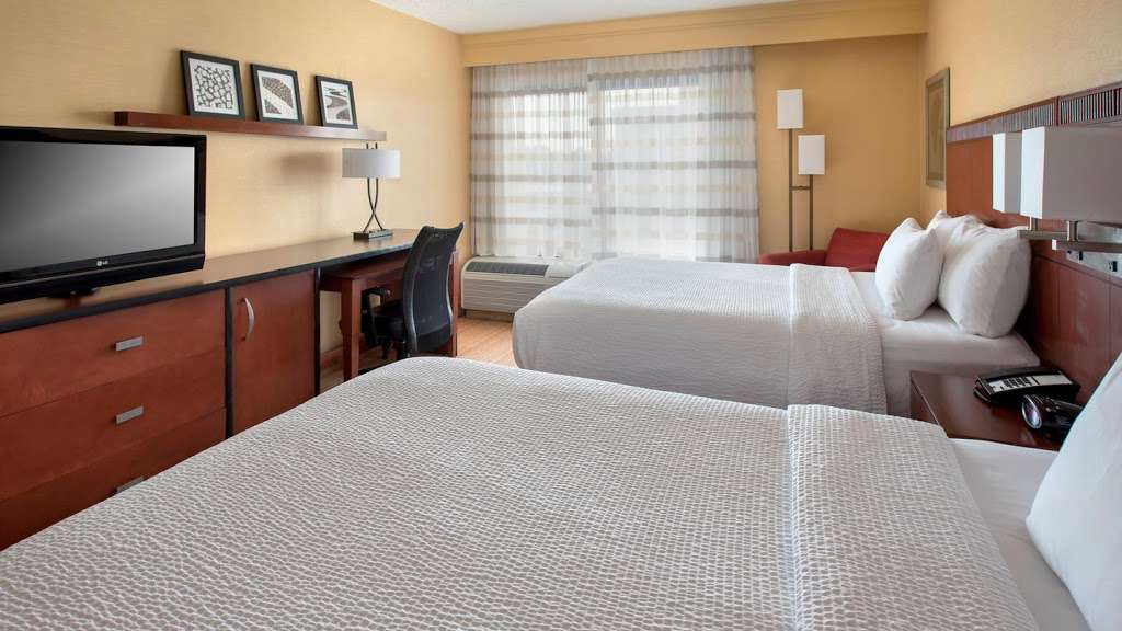 Courtyard by Marriott Secaucus Meadowlands - lodging    Photo 2 of 10   Address: 455 Harmon Meadow Blvd, Secaucus, NJ 07094, USA   Phone: (201) 617-8888