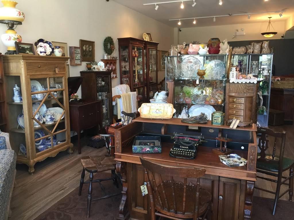 Michelles Antiques Inc. - home goods store    Photo 3 of 10   Address: 3710 Main St #104, Niagara Falls, ON L2G 6B1, Canada   Phone: (289) 296-0000