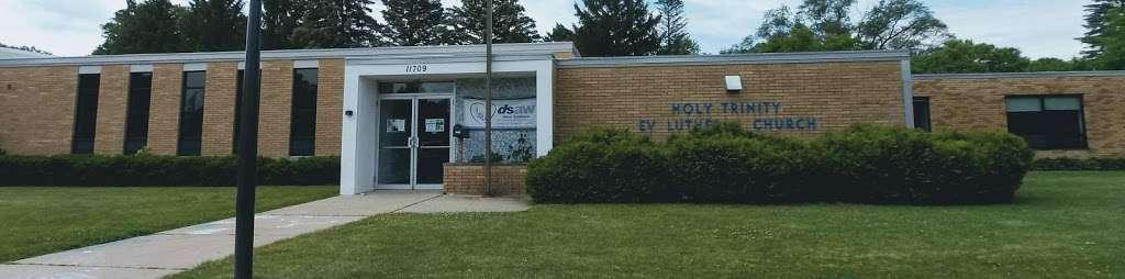 Holy Trinity Lutheran Church - church  | Photo 8 of 10 | Address: 11709 W Cleveland Ave, West Allis, WI 53227, USA | Phone: (414) 321-0700