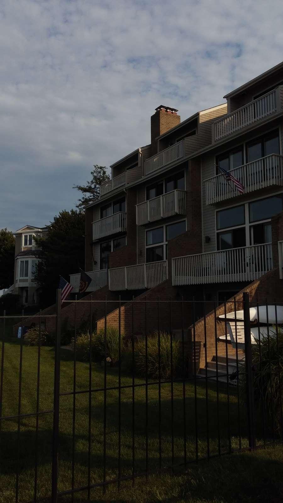 Horn Point Park - park  | Photo 8 of 10 | Address: Chesapeake Landing, Annapolis, MD 21403, USA