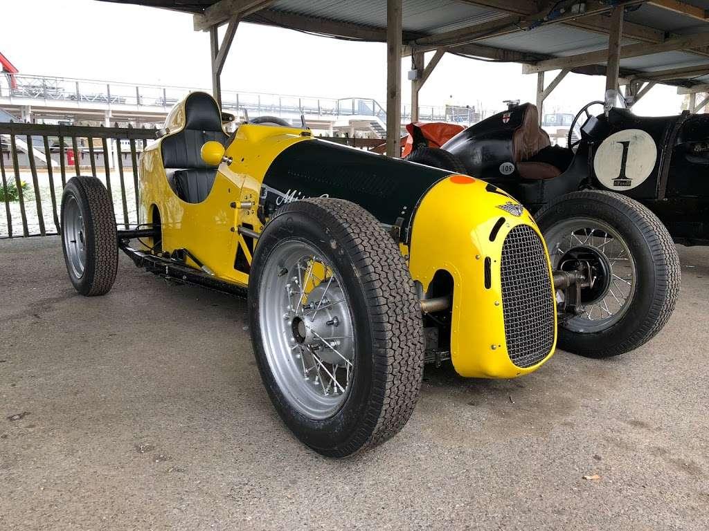 Pigsty Racing - car repair  | Photo 9 of 10 | Address: 2b, Lady Cross Business Park, Hollow Ln, Dormansland, Lingfield RH7 6PB, UK | Phone: 01342 870988