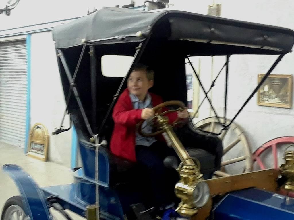 Yanke Motor Museum - museum  | Photo 10 of 10 | Address: 1090 Boeing St, Boise, ID 83705, USA | Phone: (208) 863-0212