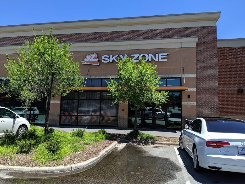 Sky Zone Trampoline Park - amusement park  | Photo 9 of 10 | Address: 1572-A, Highwoods Blvd, Greensboro, NC 27410, USA | Phone: (336) 550-1800