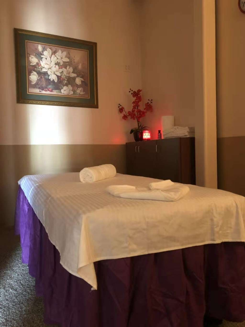 Q MASSAGE - spa  | Photo 6 of 10 | Address: 8790 FM 1960 a101, Humble, TX 77338, USA | Phone: (346) 616-5095