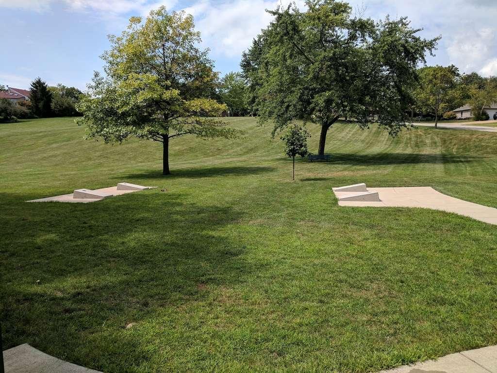 Turtle Hill Park - park  | Photo 8 of 10 | Address: Turtle St, Shorewood, IL 60404, USA
