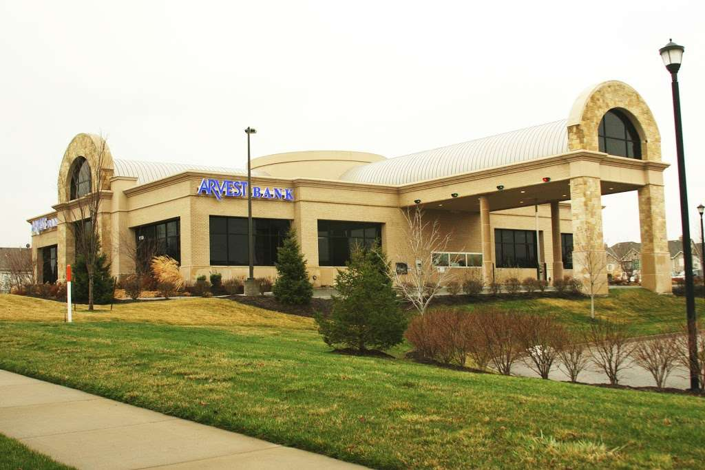 Arvest Bank | 11150 S Pflumm Rd, Lenexa, KS 66215, USA