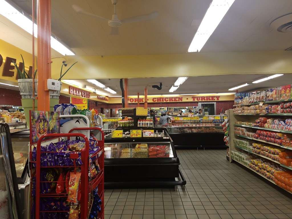 Dixmoor Market - store    Photo 1 of 10   Address: 14635 S Western Ave, Dixmoor, IL 60426, USA   Phone: (708) 489-1111