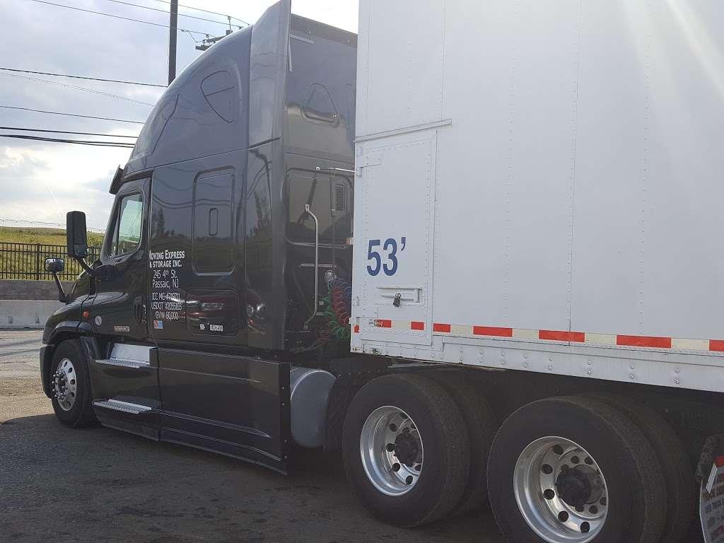 Heavy Duty Truck Repair - car repair    Photo 9 of 10   Address: 400 Duncan Ave, Jersey City, NJ 07306, USA   Phone: (201) 324-0808