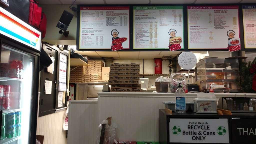 Ma Magoos - restaurant  | Photo 6 of 10 | Address: 6 Concord Ln, Cambridge, MA 02138, USA | Phone: (617) 354-9139