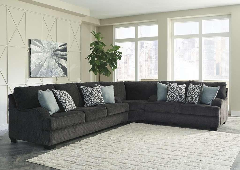 Furniture More 2204 N Dupont, Furniture Dover De