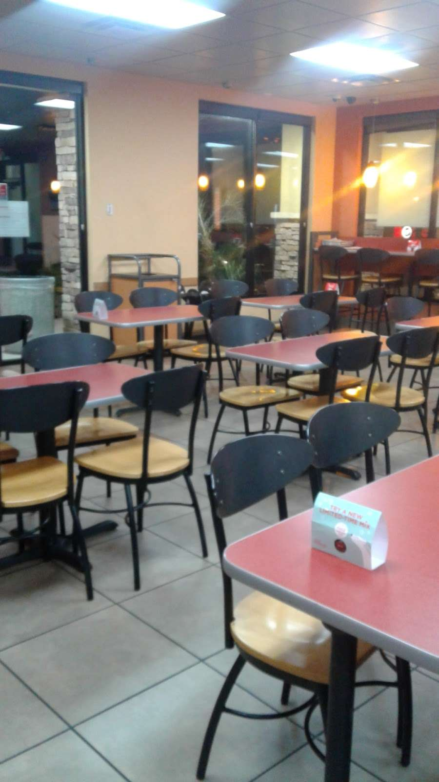 Jack in the Box - restaurant    Photo 7 of 10   Address: 29993 Canyon Hills Rd, Lake Elsinore, CA 92532, USA   Phone: (951) 244-2649