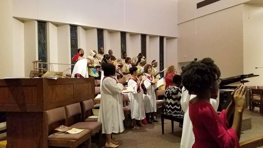 Holy Spirit Catholic Church - church  | Photo 3 of 10 | Address: 8134 Blanco Rd, San Antonio, TX 78216, USA | Phone: (210) 341-1395