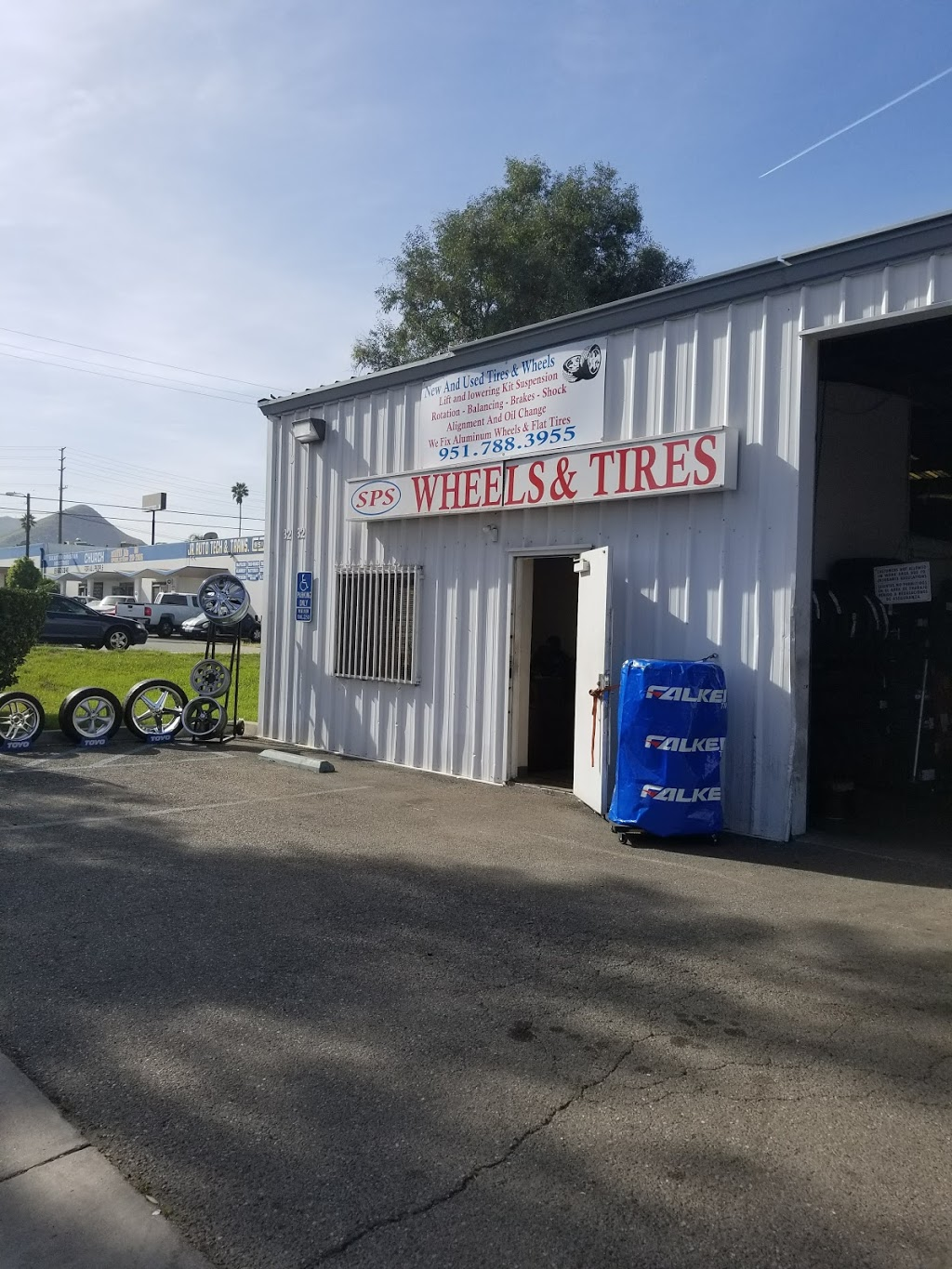 SPS Wheels And Tires - car repair  | Photo 3 of 10 | Address: 3232 Center St, Riverside, CA 92501, USA | Phone: (951) 788-3955