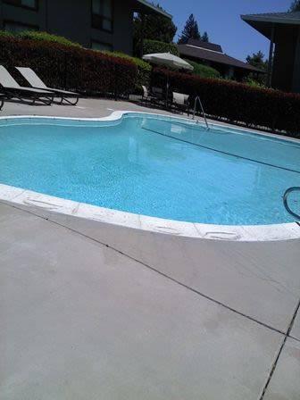 River Cove Apartments - real estate agency  | Photo 1 of 6 | Address: 6290 Fennwood Ct, Sacramento, CA 95831, USA | Phone: (916) 393-1930