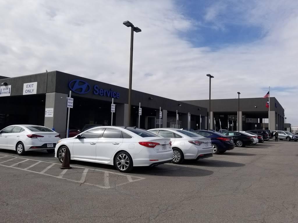 Hyundai of El Paso - car dealer    Photo 1 of 10   Address: 8600 Montana Ave, El Paso, TX 79925, USA   Phone: (915) 881-0300