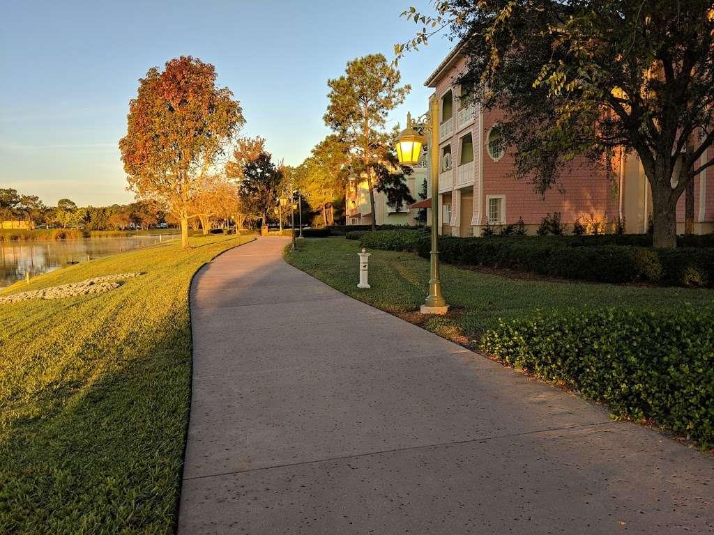 Disneys Saratoga Springs Resort & Spa - Congress Park - bus station  | Photo 3 of 6 | Address: Lake Buena Vista, FL 32830, USA