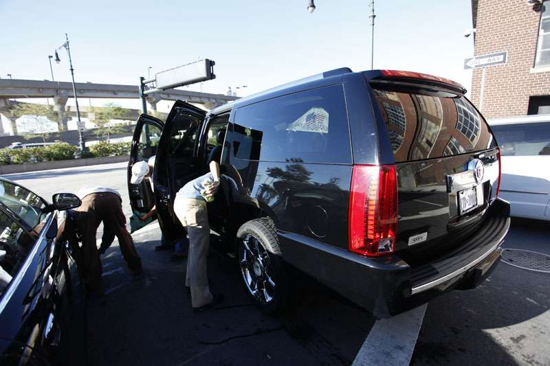Westside Highway Car Wash - car wash  | Photo 7 of 10 | Address: 638 W 46th St, New York, NY 10036, USA | Phone: (212) 757-1141