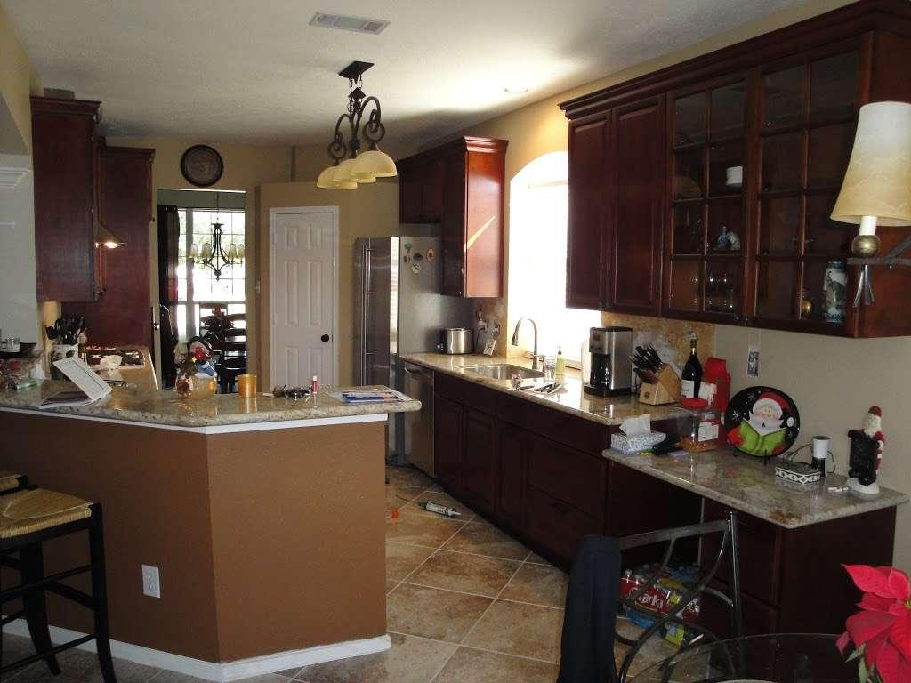 Adila Cabinets LLC - furniture store    Photo 5 of 9   Address: 2115 61st St #108B, Galveston, TX 77551, USA   Phone: (409) 741-7772