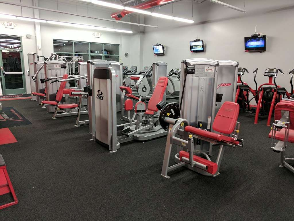 Snap Fitness - gym  | Photo 2 of 10 | Address: 881 SW Lemans Ln, Lees Summit, MO 64082, USA | Phone: (816) 623-9775