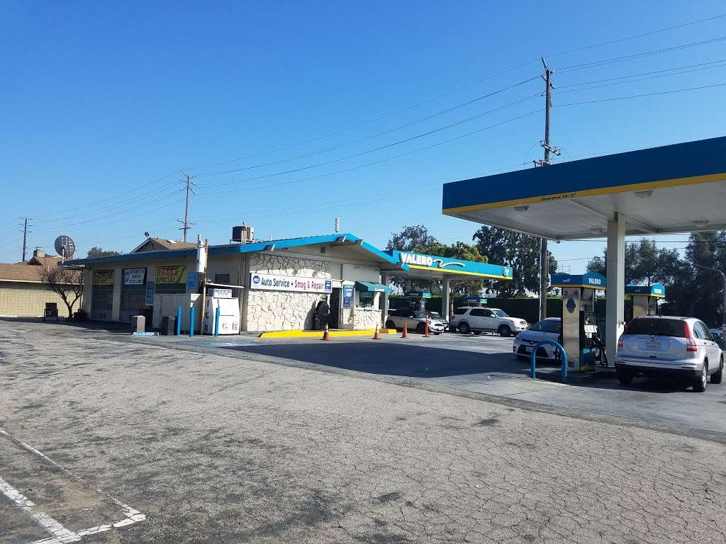 Torrance Valero and Auto Repair - gas station  | Photo 2 of 10 | Address: 3975 W 190th St, Torrance, CA 90504, USA | Phone: (310) 371-4806