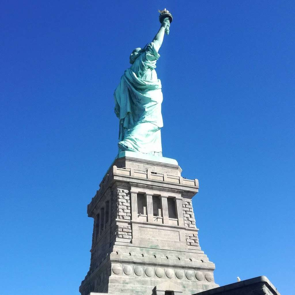 Audio Tour Kiosk - travel agency  | Photo 3 of 10 | Address: Brooklyn, NY 11231, USA | Phone: (212) 363-3180