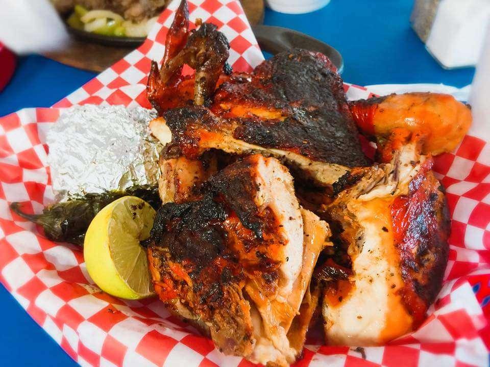 """Al Carbon"" Pollos Asados - restaurant    Photo 4 of 9   Address: 547 Culebra Rd, San Antonio, TX 78201, USA   Phone: (210) 737-7400"