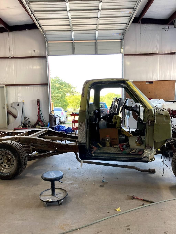 1st Class Customs & Collision LLC - car repair    Photo 8 of 9   Address: 5160 Lemons Rd #100, Fort Worth, TX 76140, USA   Phone: (817) 243-4604