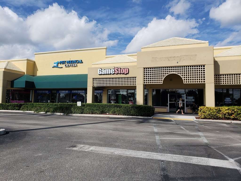 GameStop - electronics store  | Photo 3 of 10 | Address: Somerset Shoppes, 8903 Glades Rd L-4, Boca Raton, FL 33434, USA | Phone: (561) 470-8483