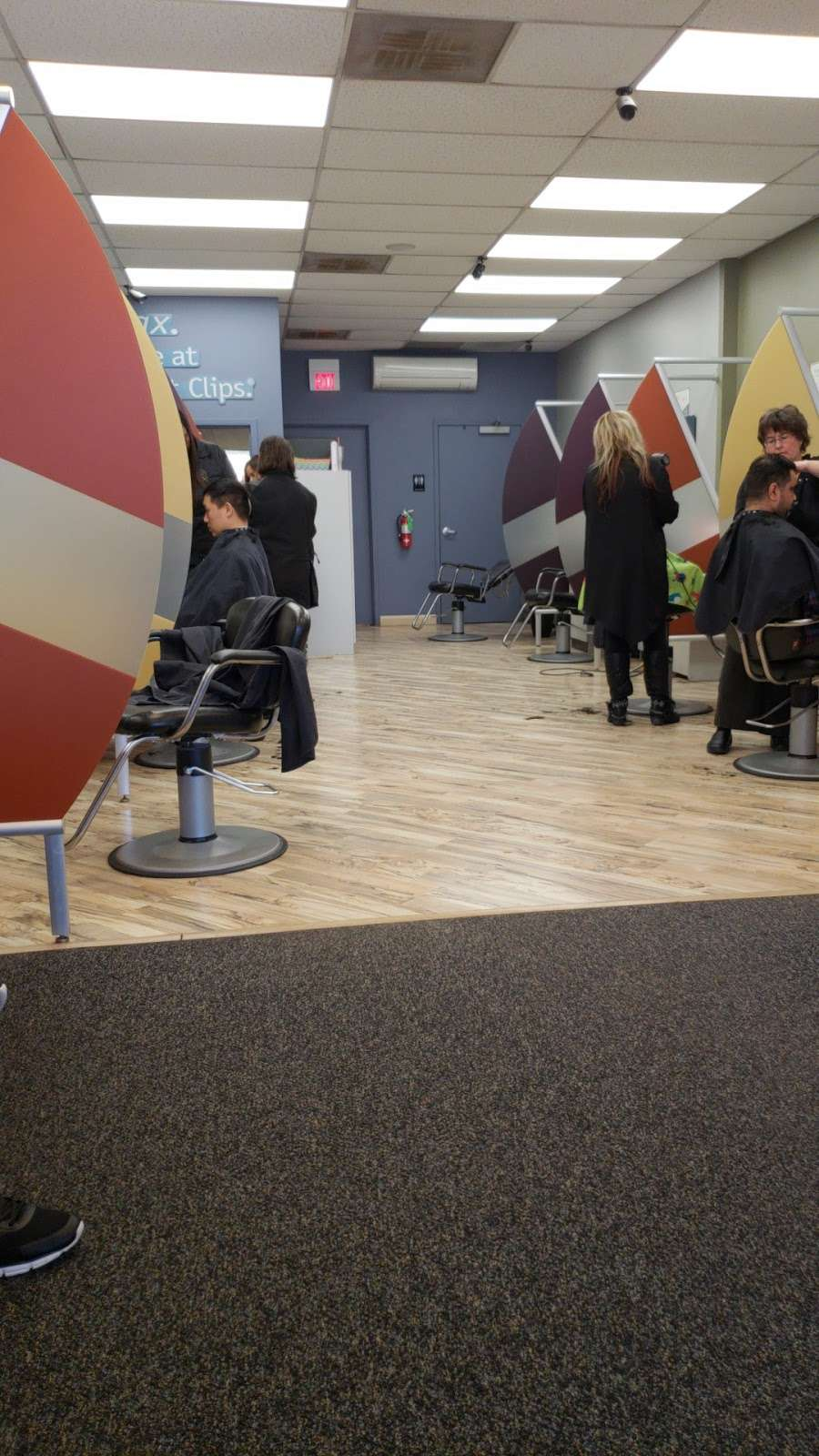 Great Clips - hair care  | Photo 2 of 2 | Address: 8251 W Belmont Ave, River Grove, IL 60171, USA | Phone: (708) 456-4991