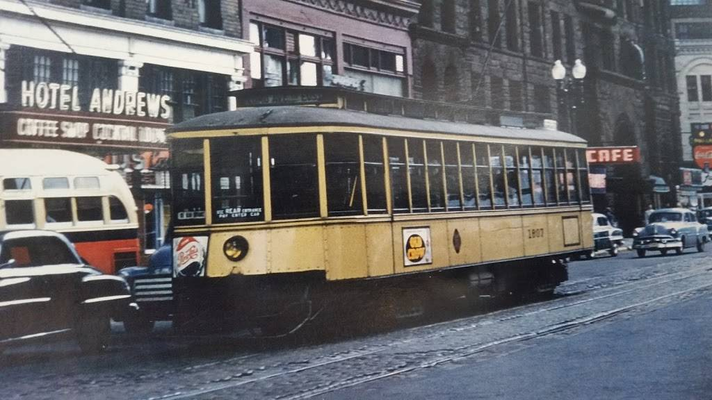 Como-Harriet Streetcar Line - museum  | Photo 3 of 7 | Address: 4200 Queen Ave S, Minneapolis, MN 55410, USA | Phone: (952) 922-1096