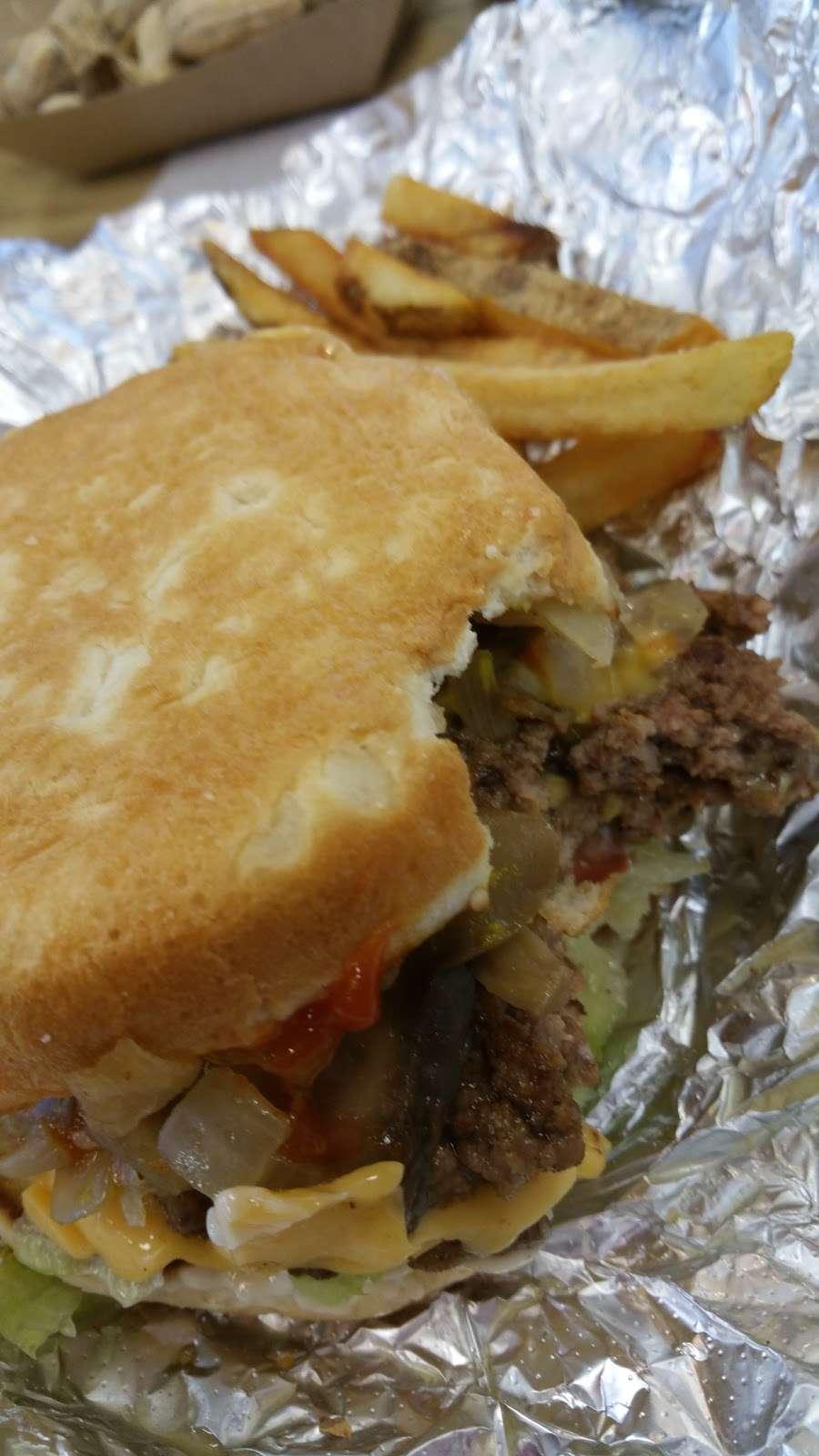 Five Guys - meal takeaway  | Photo 4 of 10 | Address: 361 Charles Way, Stroudsburg, PA 18360, USA | Phone: (570) 421-9804