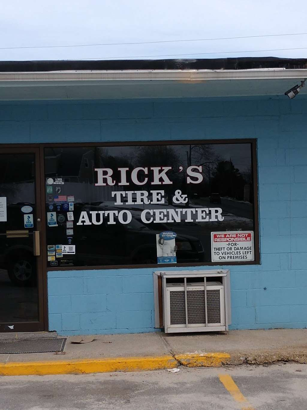 Ricks Tire and Auto Sales - car dealer  | Photo 3 of 4 | Address: 1435 Victory Hwy, Slatersville, RI 02876, USA | Phone: (401) 769-8488