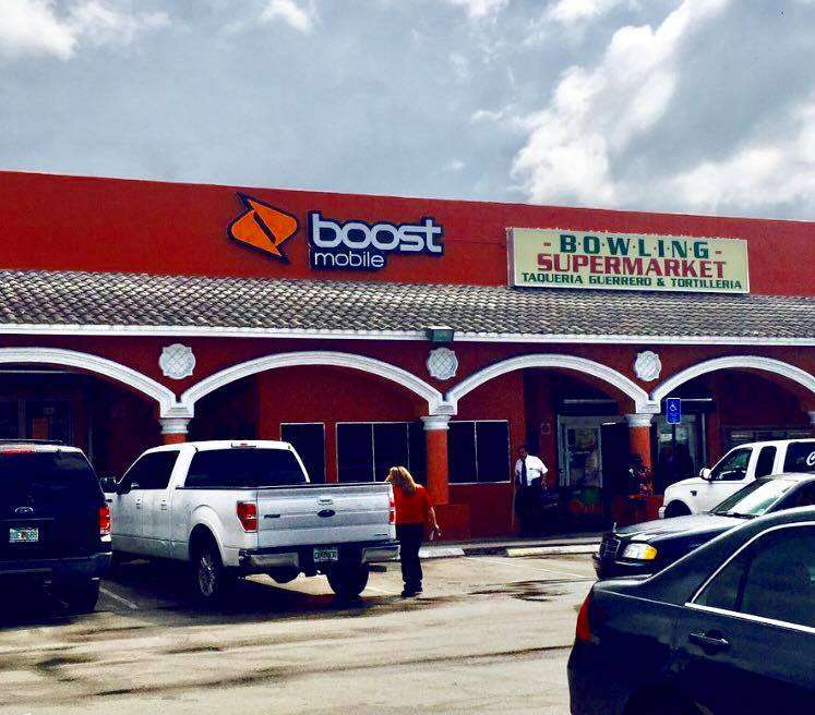 Boost Mobile - store  | Photo 1 of 10 | Address: 1425 S Main St, Belle Glade, FL 33430, USA | Phone: (561) 609-1014
