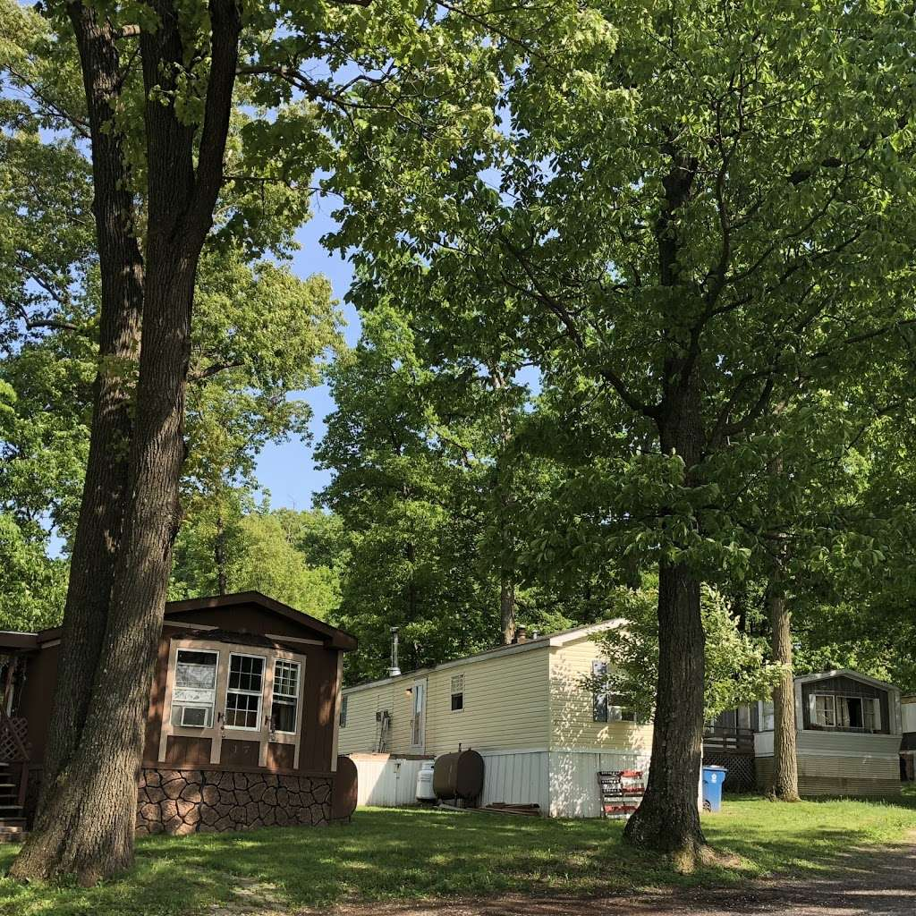 Fairview Mobile Home Park - rv park  | Photo 1 of 10 | Address: 27 Upper Loop Rd, Leesport, PA 19533, USA | Phone: (484) 662-3965