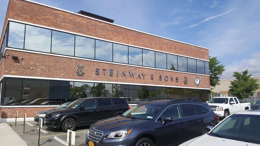 Steinway & Sons - electronics store  | Photo 4 of 10 | Address: 18-1 Steinway Pl, Queens, NY 11105, USA | Phone: (718) 721-2600