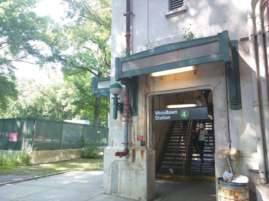 Woodlawn - subway station  | Photo 2 of 10 | Address: Bronx, NY 10467, USA