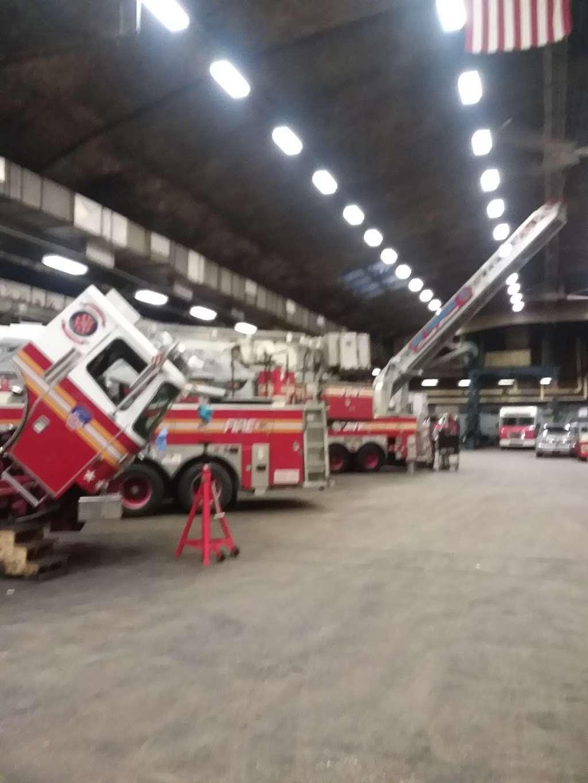 fdny fleet maintenance - car repair  | Photo 2 of 5 | Address: 33-20 Hunters Point Ave, Long Island City, NY 11101, USA