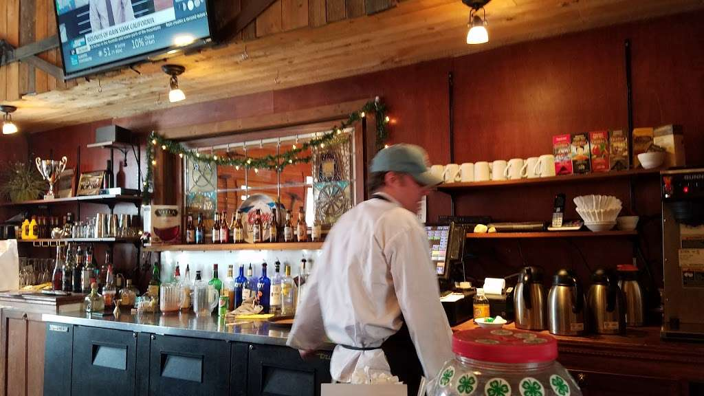 Hardrock Cafe of Empire Co - restaurant  | Photo 8 of 10 | Address: 18 Park Ave, Empire, CO 80438, USA | Phone: (720) 739-2337