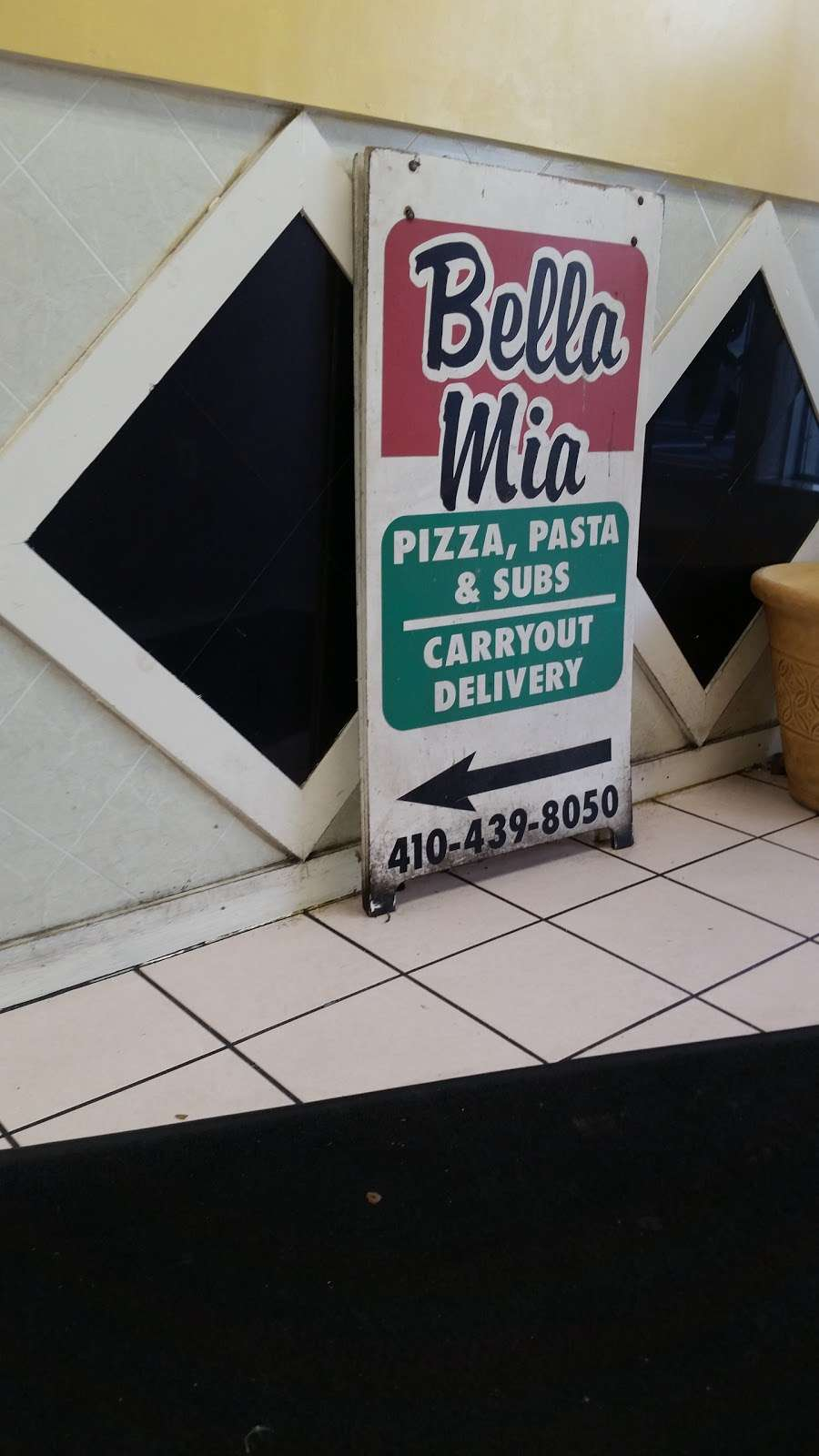Bella Mia Inc - restaurant  | Photo 4 of 5 | Address: 8144 Fort Smallwood Rd, Curtis Bay, MD 21226, USA | Phone: (410) 439-8050