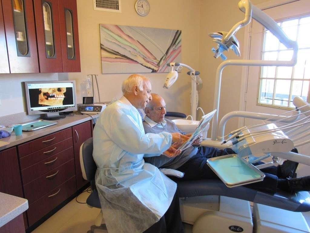 Dr Naser Sharifi Implant Dentistry - dentist  | Photo 8 of 10 | Address: 25315 80th Ave Ste 1, Queens, NY 11004, USA | Phone: (718) 470-9000