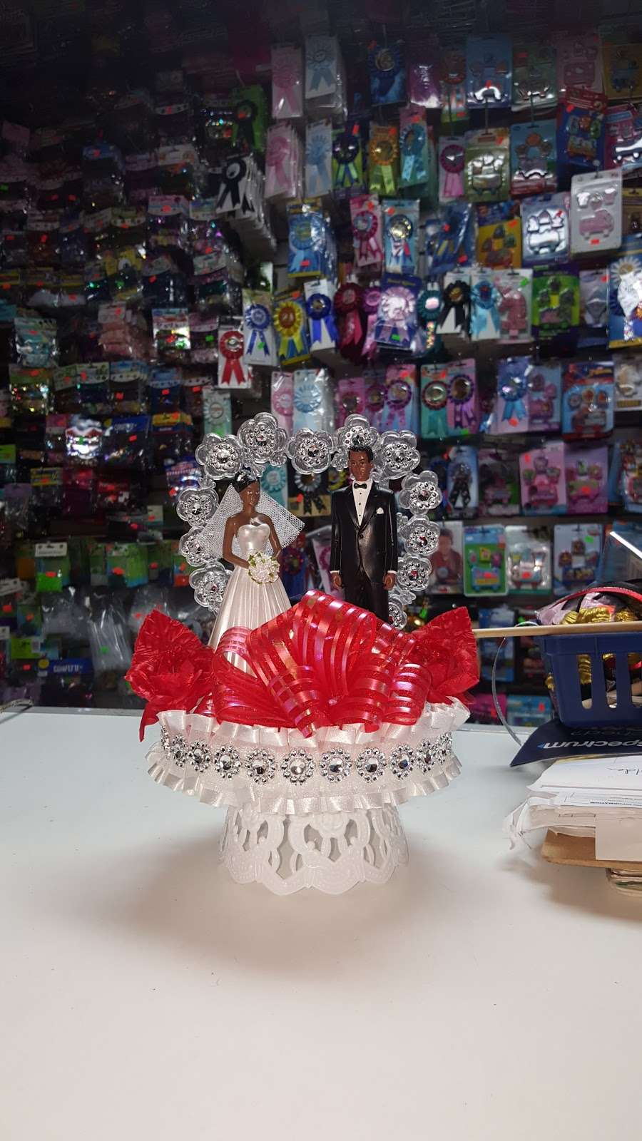 Bronx Party Center - home goods store  | Photo 3 of 4 | Address: 3000 Third Ave, Bronx, NY 10455, USA | Phone: (718) 742-7655