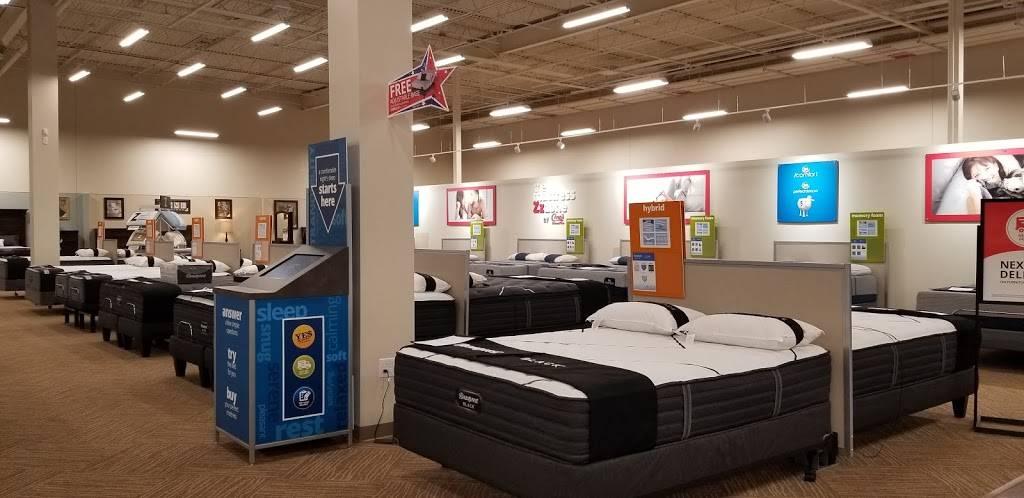 Conns HomePlus - electronics store  | Photo 3 of 10 | Address: 251 Lakeshore Pkwy, Homewood, AL 35209, USA | Phone: (205) 855-5152