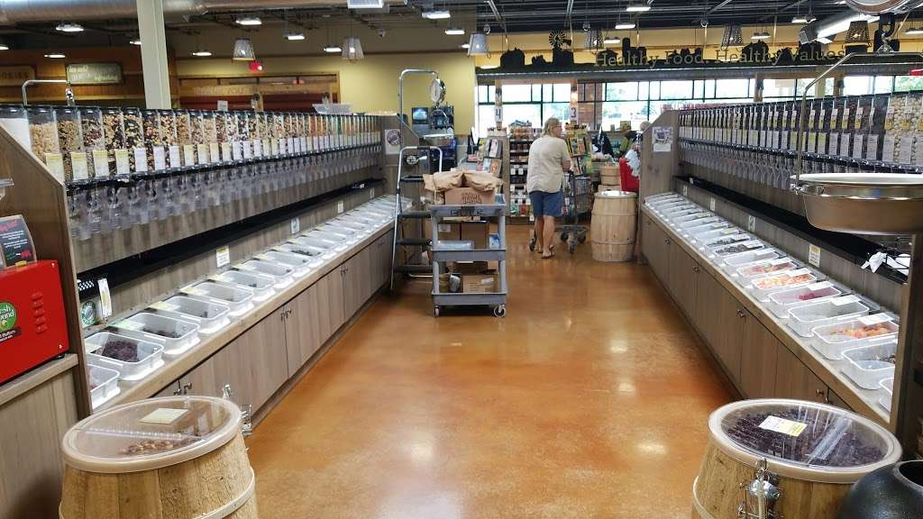 Fresh Thyme Farmers Market - store  | Photo 6 of 10 | Address: 7100 Green Bay Rd, Kenosha, WI 53142, USA | Phone: (262) 612-8495