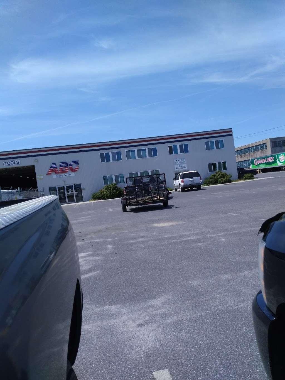 ABC Supply Co., Inc. - store  | Photo 7 of 7 | Address: 300 Moss Hill Ln ste e, Salisbury, MD 21804, USA | Phone: (410) 749-2269