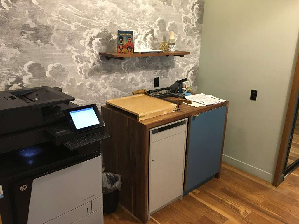 WeWork - real estate agency  | Photo 4 of 10 | Address: 8 W 126th St, New York, NY 10027, USA | Phone: (646) 491-9060