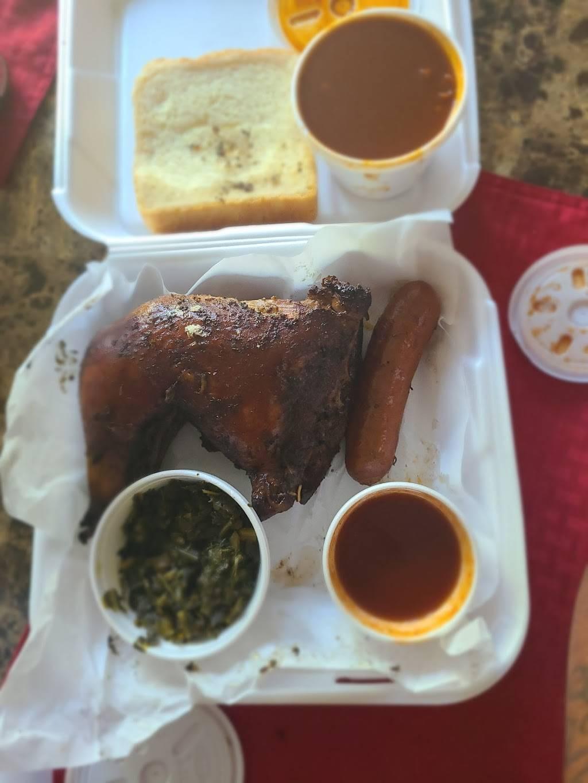 S&T BBQ Delights Restaurant - restaurant  | Photo 4 of 7 | Address: 4965 N Barcus Ave, Fresno, CA 93722, USA | Phone: (559) 275-9033