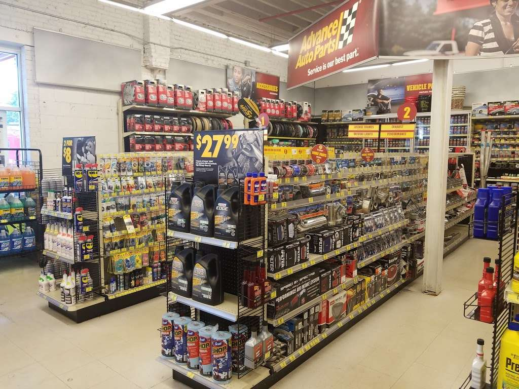 Advance Auto Parts - car repair  | Photo 2 of 10 | Address: 4802 Queens Blvd, Woodside, NY 11377, USA | Phone: (718) 779-6232
