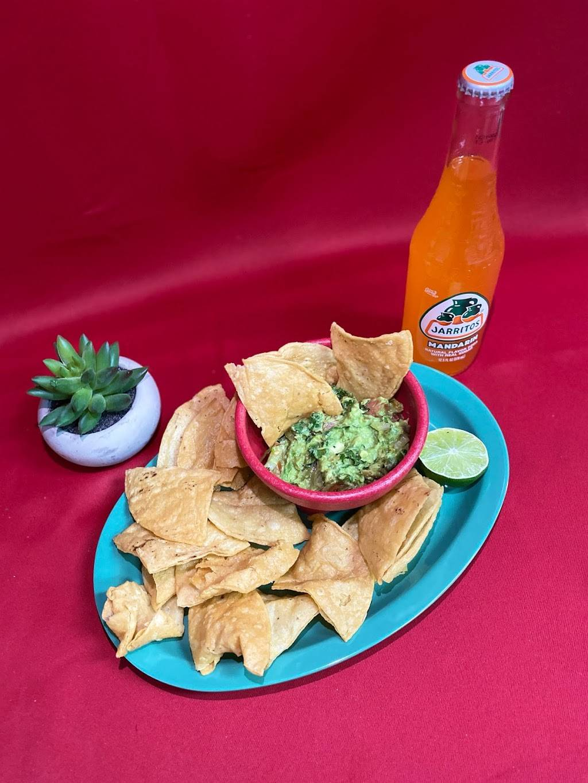 Mos Tacos - restaurant  | Photo 4 of 6 | Address: 1130 Goshen Ave, Fort Wayne, IN 46808, USA | Phone: (260) 484-1988